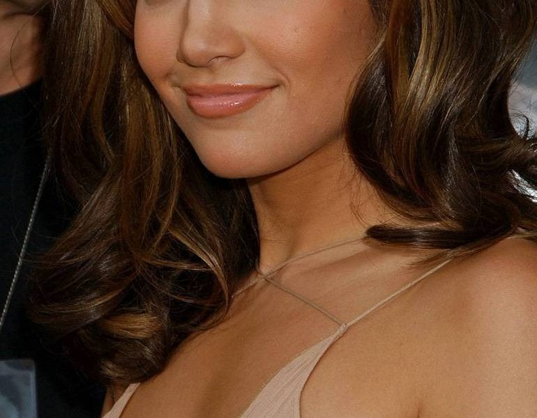 Jennifer Lopez a Latino Beauty